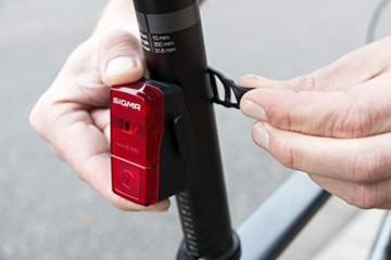 Sigma Sport LED Batterie Fahrradbeleuchtung AURA 25 / CUBIC Set 25 LUX / 400 m Sichtbarkeit batteriebetriebene Fahrradlampe + Rücklicht StVZO zugelassen Schwarz - 4