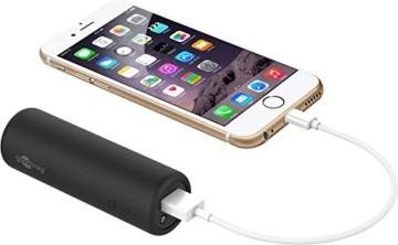 Goobay 58944 Bike Powerbank 5.0 mit 5000 mAh inklusiv Halterung zur Montage, Externer Akku Ladegerät für Samsung/HTC/Apple iPhone - 2